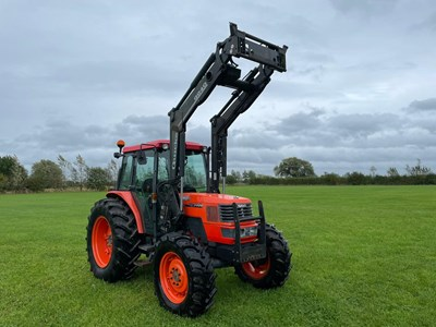 Lot 13 - Kubota Me 9000 Tractor with Quicke Q940 Loader – NON VAT